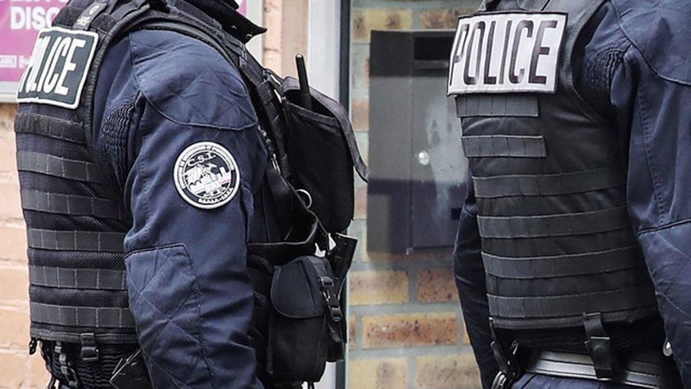 Pháp phạt tù 2 cựu điệp viên vì thông đồng với Trung Quốc